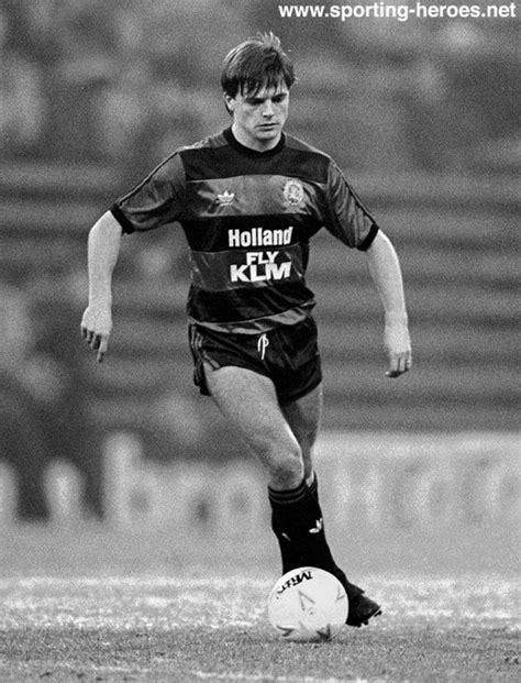 Gary BANNISTER - League appearances. - Queens Park Rangers FC