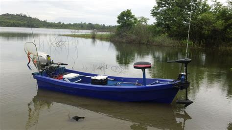 buy a fishing boat in thailand want to buy small boat fishing in thailand thailand