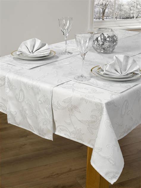 14 piece christmas table cloth linen set napkins runner placemats 52 quot x 72 quot 90 quot ebay