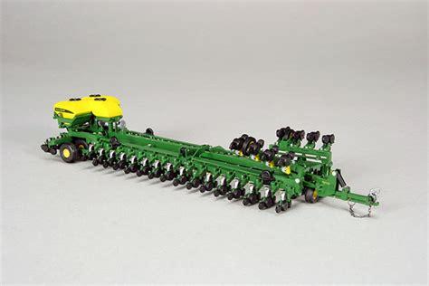 john deere bauer built 48 row planter farm toys inc