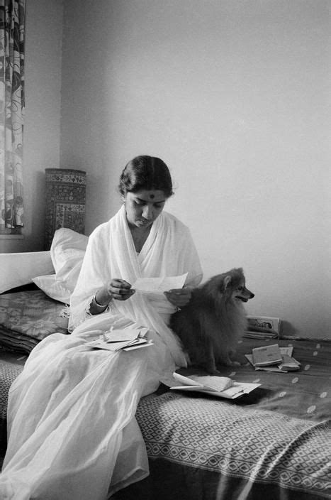 noukadubi: Lata Mangeshkar at home 1959 Marilyn