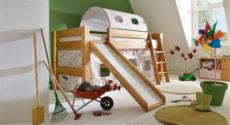 kinderbett hoch rutschen hochbett aus kiefer dreams betten de