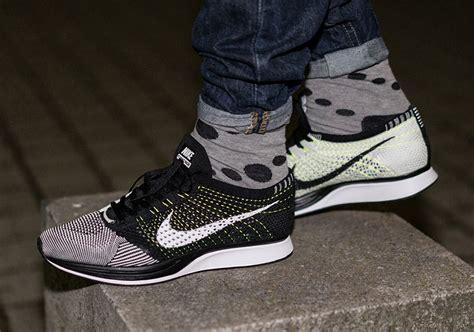 Nike Flyknit Racer Maroon Black nike flyknit racer black white neon