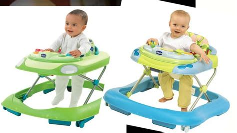 Kereta Bayi Buat Belajar Jalan baby bath tub yang bagus giving your newborn baby a bath tips and care on board