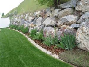 large rock retaining wall home decorating trends homedit