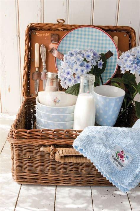 picnic basket ideas 237 best images about picnic basket on picnic basket set summer picnic and family
