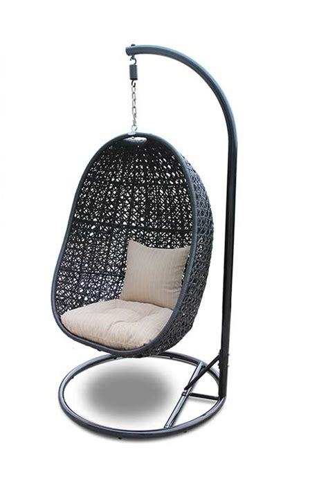 7 coolest outdoor wicker hanging chairs