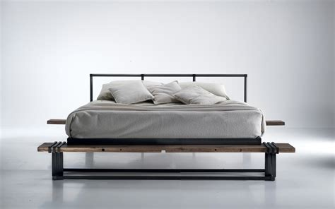 letti di design letti di design ferro e legno caporali torino piovano
