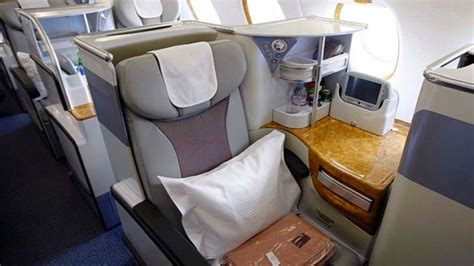 emirates business class seat review havayolu 101 airline review emirates a380 business class flight test