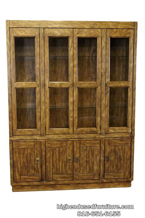 drexel heritage lighted china cabinet drexel heritage woodbriar collection 60 lighted china