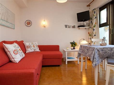 terrace dining room holiday rental naturist holiday apartment with terrace
