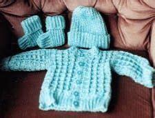 crochet paterns  baby boys crochet sets sweaters