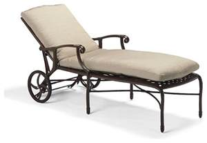 Outdoor Chaise Lounge Chair Venice Outdoor Chaise Lounge Chair With Cushions Patio Furniture Traditional Outdoor Chaise