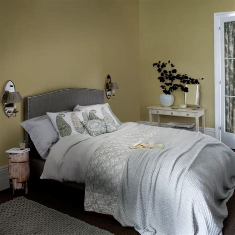 soft grey bedroom soft grey and yellow bedroom housetohome co uk
