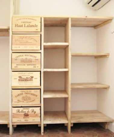 des caisses de bois dans la d 233 co aventure d 233 co faire un dressing avec des caisses en bois