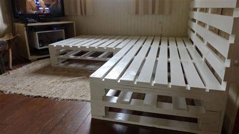 diy corner sofa plans diy pallet corner sofa frame 101 pallets