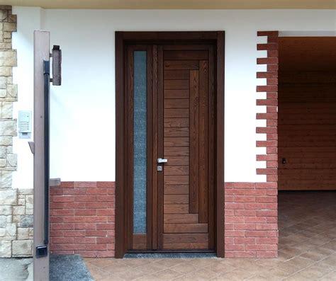 ingresso in legno portoncino di ingresso in legno falegnameria regalli