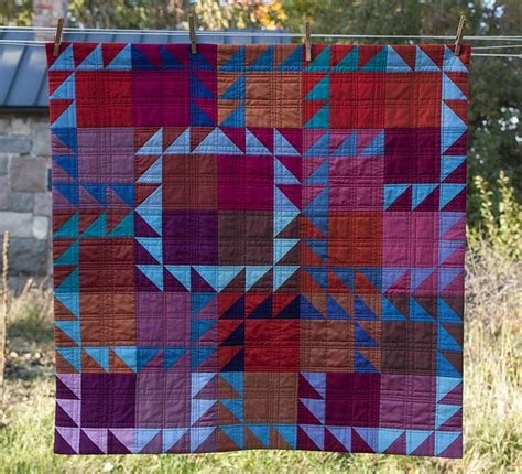 Amish Patchwork - 1000 ideas about amish quilts on scrappy