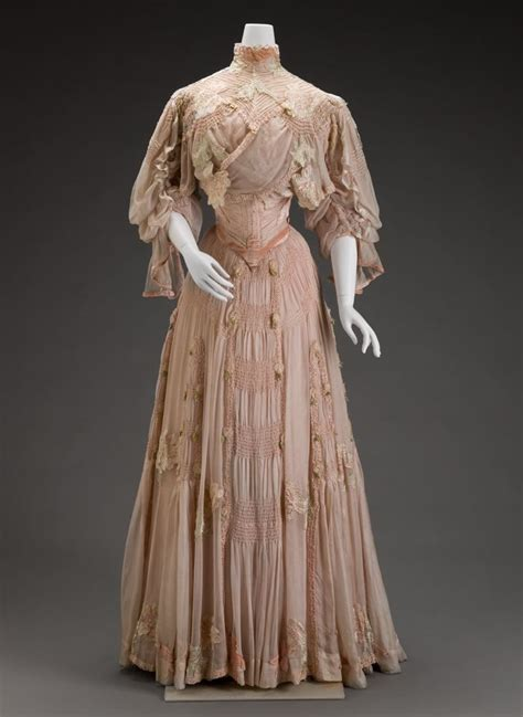 Dress Of The Day Som Silk Dress by Rate The Dress Peonies And Pastels In 1906 The