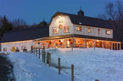 2 story pole barn house plans 30x60 2 story pole barns morton two story horse barn home sweet home pinterest