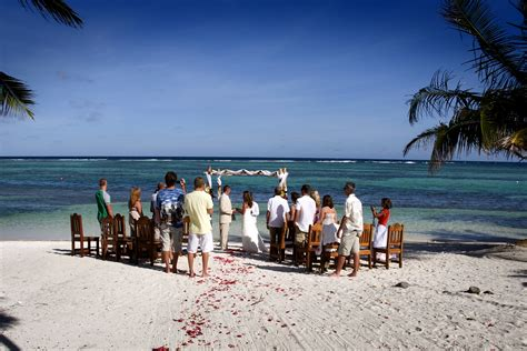 The Perfect Beach, Destination Wedding in Belize   Tranquility Bay Resort