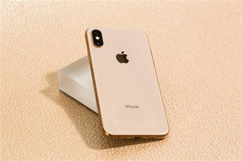 iphone xs  xs max review   iphones  period