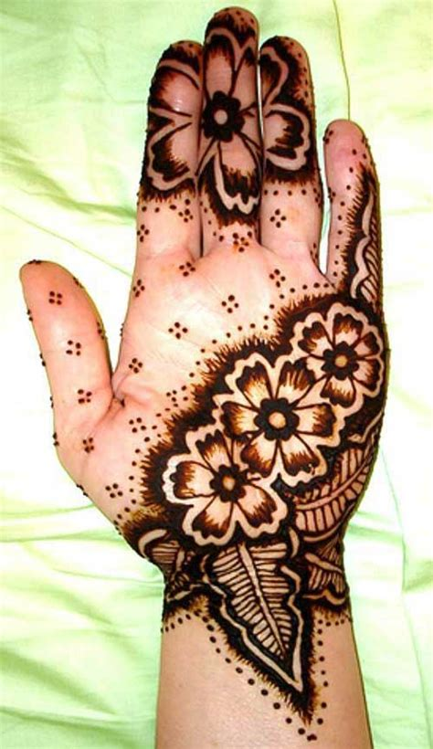 flower pattern mehndi design latest and stylish floral mehndi designs for hands