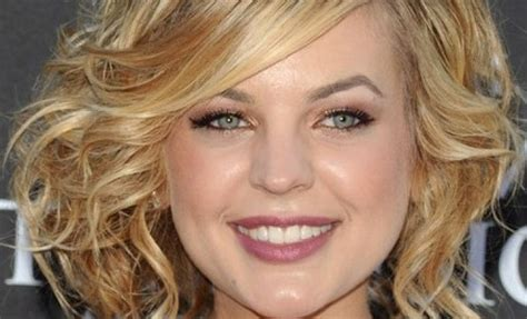 medium length naturally curly haircuts for round faces medium length curly hairstyles for round faces