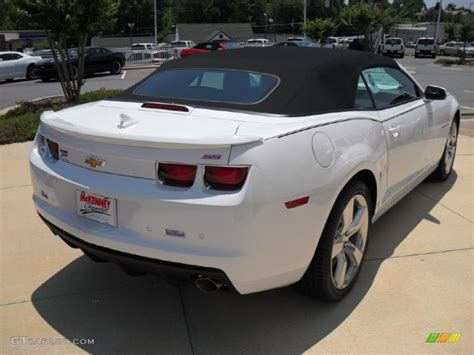 Must Colours For Ss 2011 by 2011 Summit White Chevrolet Camaro Ss Rs Convertible