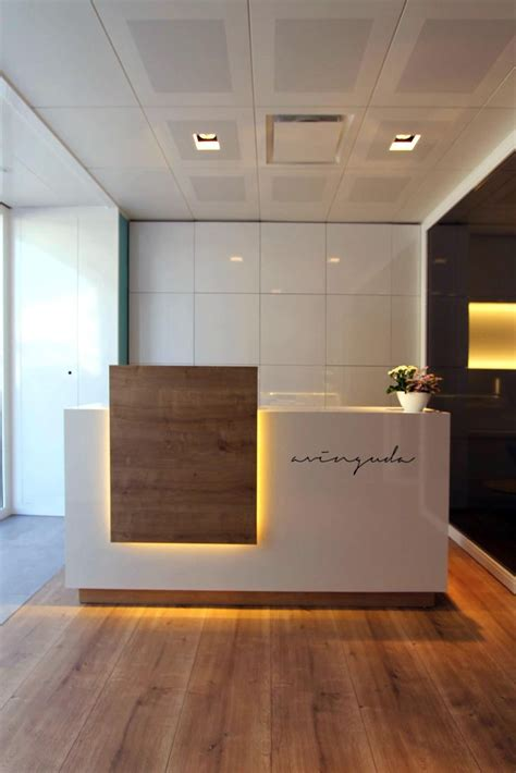 Reception Desk Design 25 Best Ideas About Lobby Reception On Hotel Reception Desk Lobby Design And