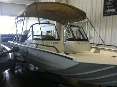 seaark pro cat boats for sale sea ark pro cat 200 boats for sale