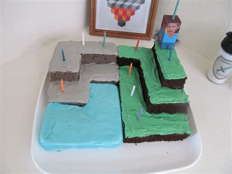 Papercraft Cake - minecraft papercraft ore cake ideas and designs