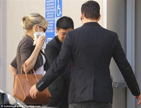 Biel Could So Kick Cameron Diazs by Cameron Diaz Hides As News Of Justin S