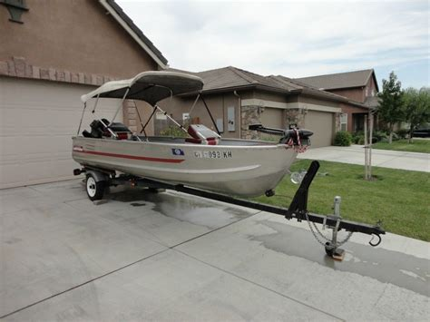 sears gamefisher boat 14 ft aluminum fishing boat gamefisher 15 hp