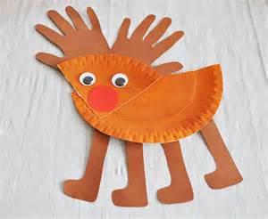 Basteln Mit Papptellern Weihnachten by Aus Einem Pappteller Ein Rentier Basteln So Gehts