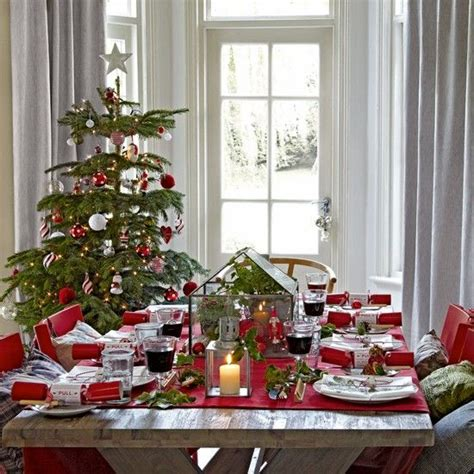 dining room christmas decorations 37 stunning christmas dining room d 233 cor ideas digsdigs