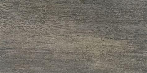 terrassenplatten holzoptik bauhaus fliesen in holzoptik planungswelten