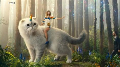 taylor swift cat video taylor swift rides cat icorn in new directv ad video