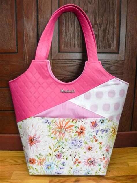 Up And Tote stand up and tote notice class the bird designs