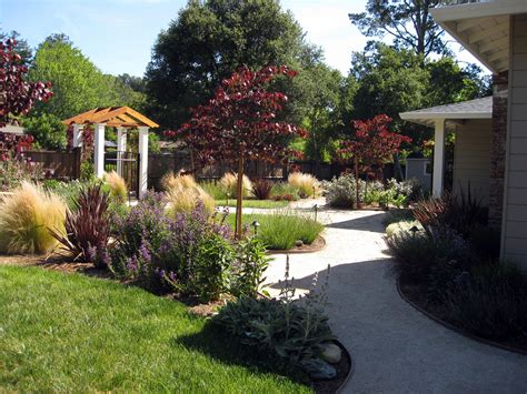 Front Lawn Garden Ideas Various Front Yard Ideas For Beginners Who Want To