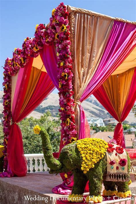 indian wedding flower decoration pictures mandap in fremont ca indian wedding by wedding documentary photo cinema maharani weddings