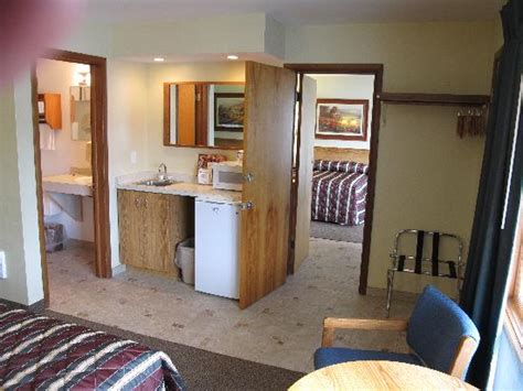 Adjoining Hotel Rooms by Adjoining Rooms W 4 Beds
