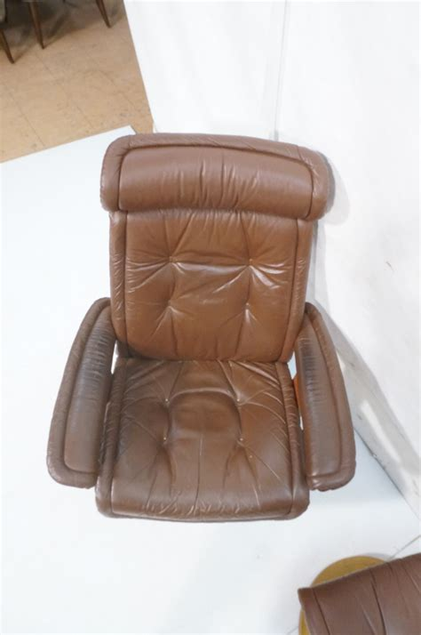euro recliner lounge chair and ottoman 2pc ekorne swivel lounge chair recliner ottoman