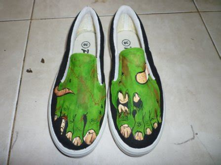 Sepatu Converse Bergambar sepatu unik sepatu lukis surabaya mojokerto jual sepatu