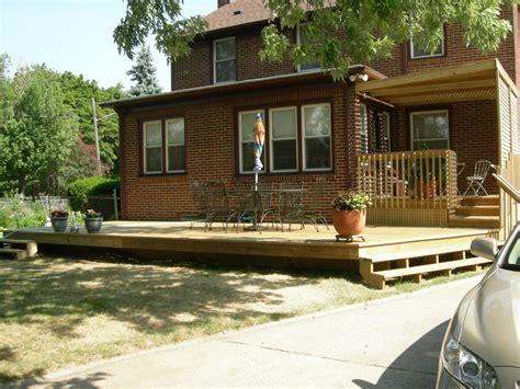 gthreenet front  porches decks