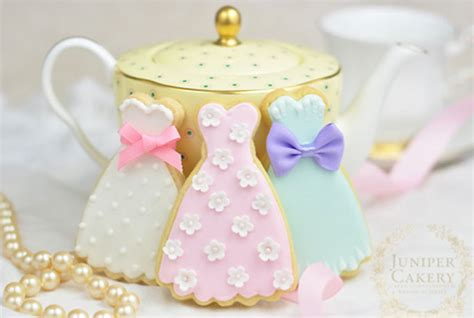 learn royal icing techniques for better cookie decorating