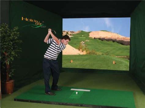 golf swing simulator holiday golf system 4 indoor golf simulator ubergizmo