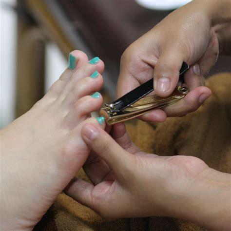 Perawatan Manicure Pedicure manicure pedicure anata salon bandung most popular