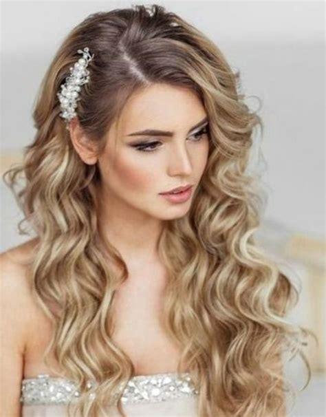 peinado para pelo corto y rizado peinados para novias con pelo rizado fotos ella hoy