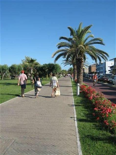 hotel porto sant elpidio sul mare una passeggiata sul lungomare picture of porto